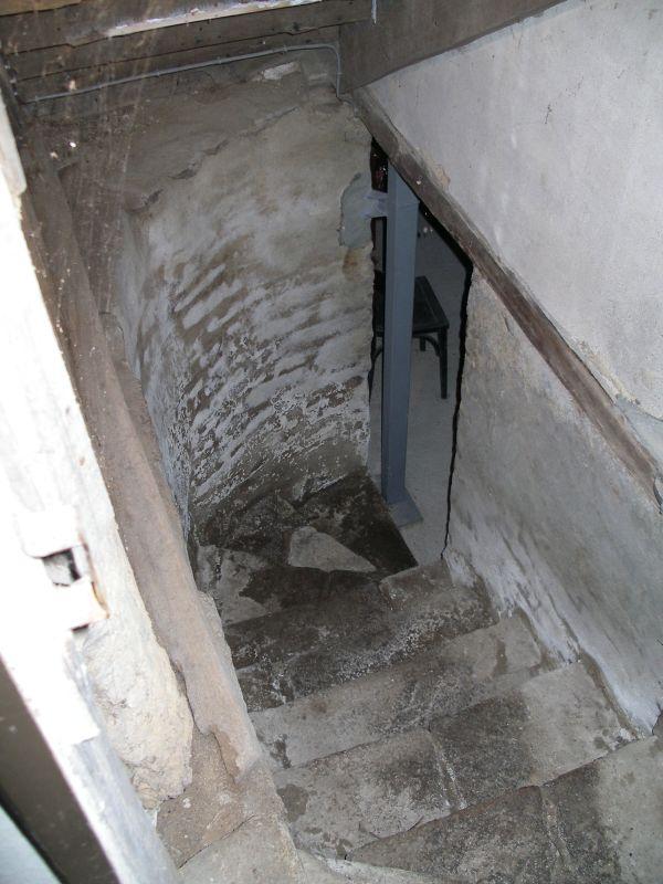 Maison vendre en bretagne for Descente d escalier interieur